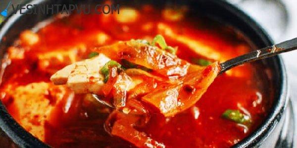 Nấu canh kim chi Hàn Quốc thơm ngon đúng cách