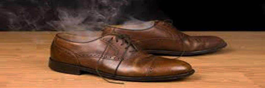 một số nguyên nhân dẫn đến hôi giày